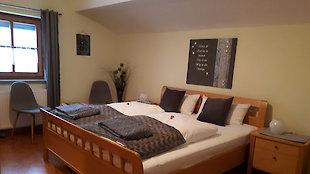 Schlafzimmer Ferienwohnung Tenne
